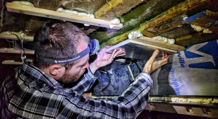 installing-ceiling-insulation