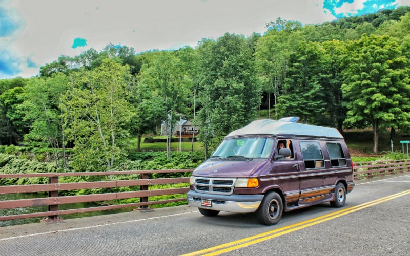 van on the road 800x500