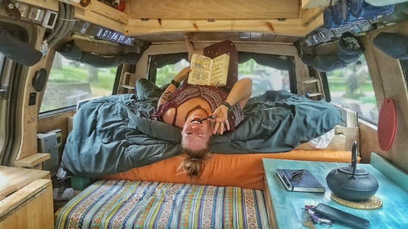 Jayme self journal bed