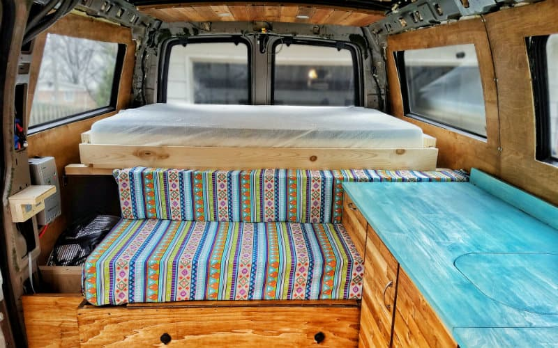How To Fit A Queen Sized Bed In Your Van Badass Pullout