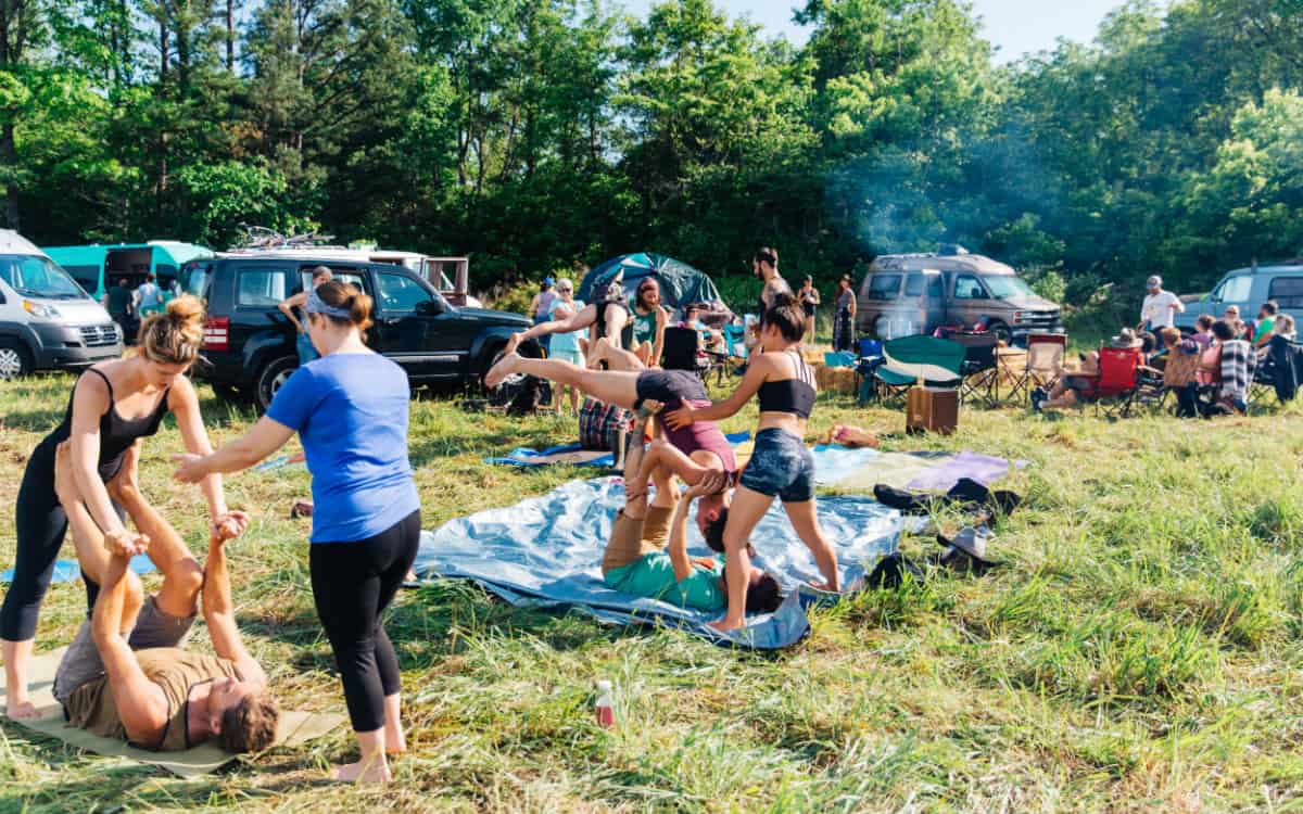 midwest vanlife gathering yoga