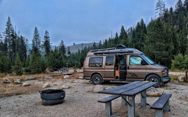 Vanlifer's Guide to Sleeping, Camping, and Overnight Parking