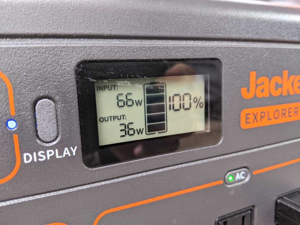 A close up of the display of the Jackery 1000